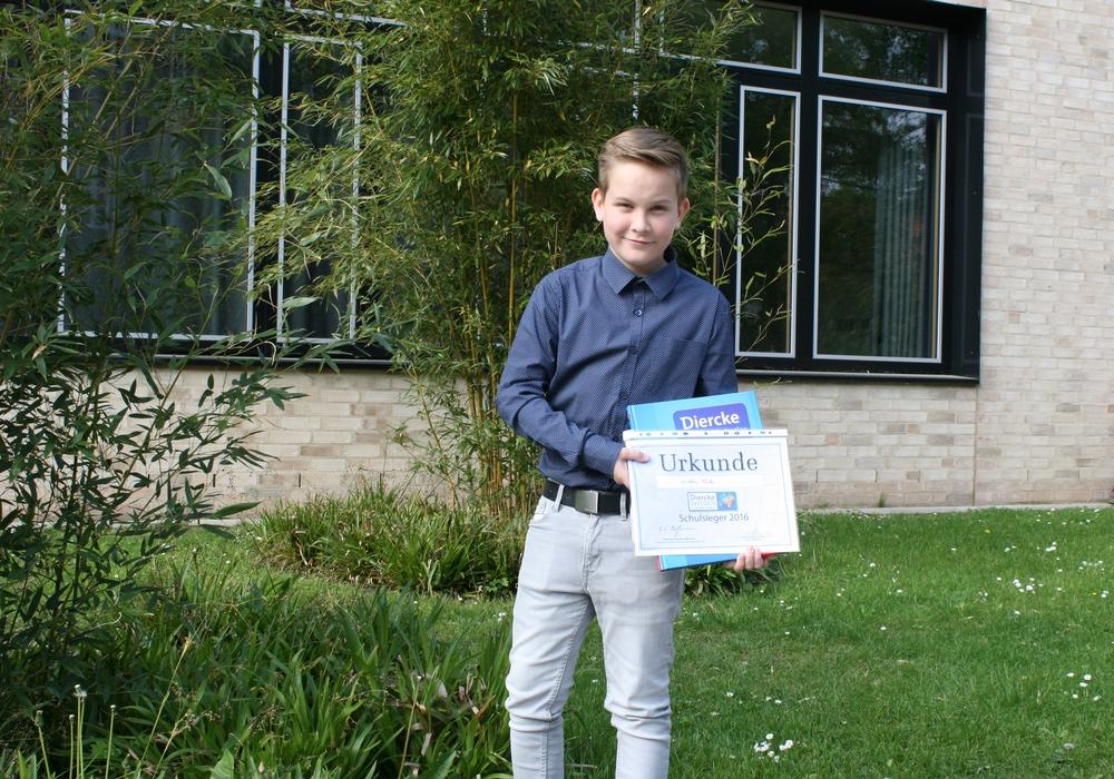 Niklas Tacke vom Gymnasium im Schloss gewinnt Geographiewettbewerb. Foto: Privat