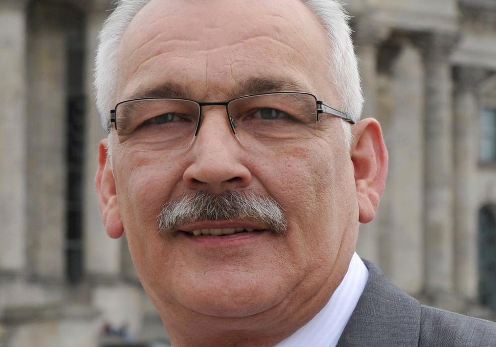 Dr. Wilhelm Priesmeier ist erbost nicht abgestimmte Änderungen beim Düngerecht. Foto: Wahlkreisbüro Dr. Wilhelm Priesmeier