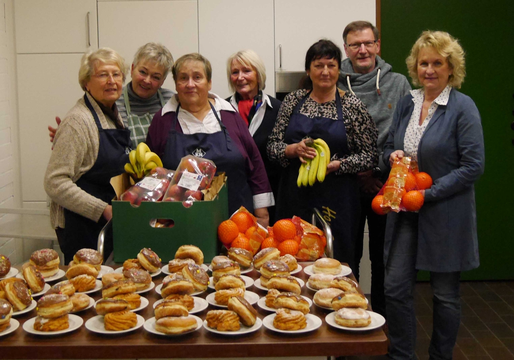 Die CDU zu Besuch in der Suppenküche. Foto: CDU