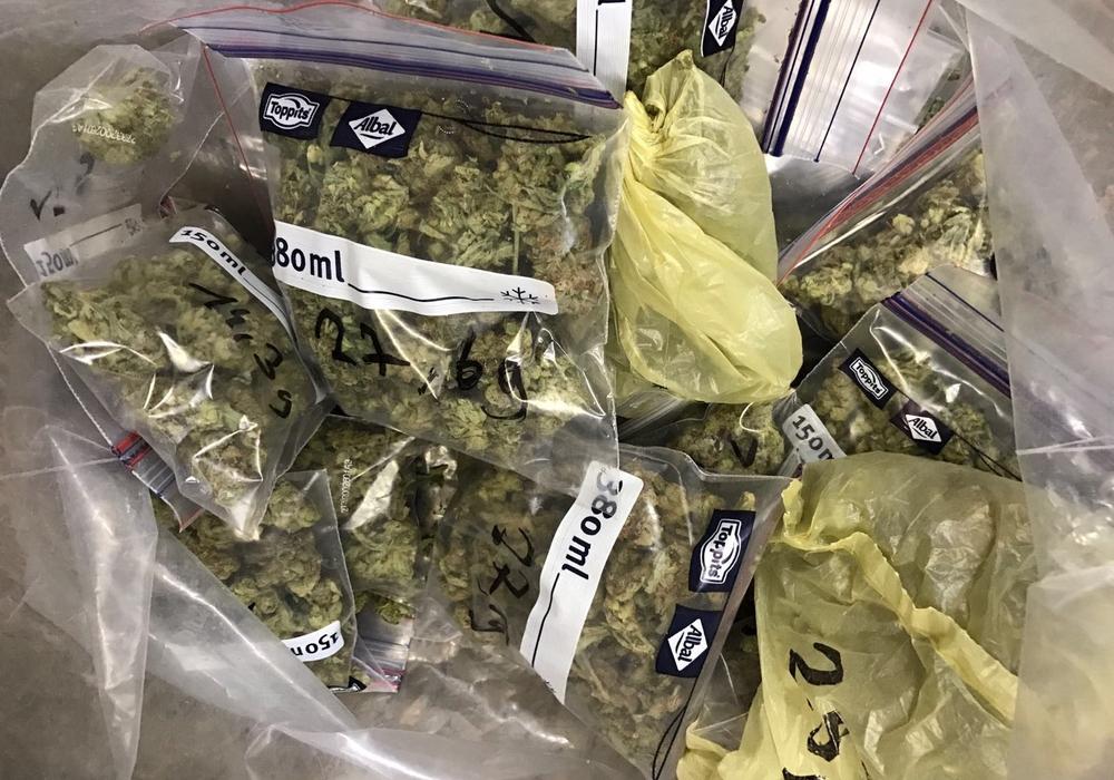 Der Angeklagte soll mit einer erheblichen Menge Drogen gehandelt haben. Foto: privat