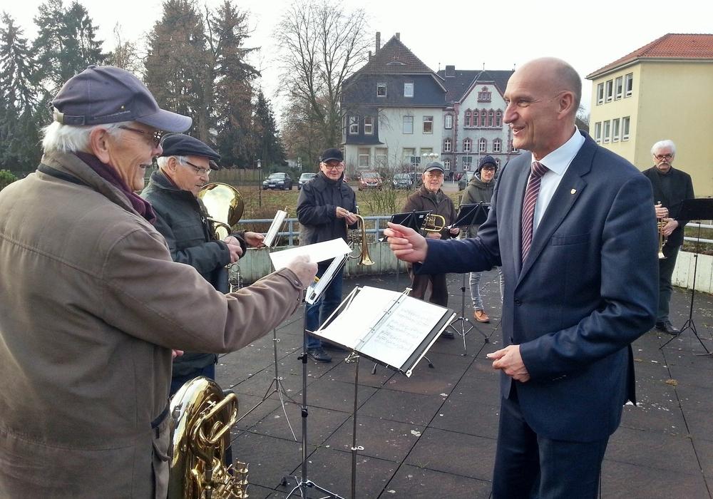 Bläserständchen beim Landkreis Foto: Landkreis Peine