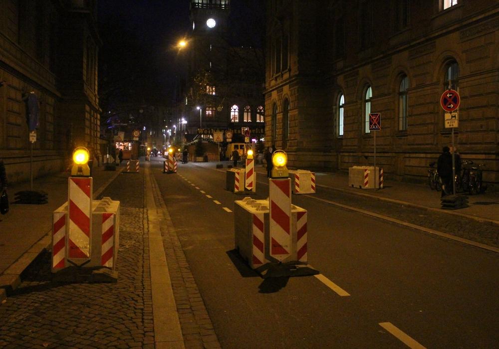 Die Münzstraße wird für den Rückbau des Weihnachtsmarkts am 29. Dezember voll gesperrt. Foto: Alexander Dontscheff