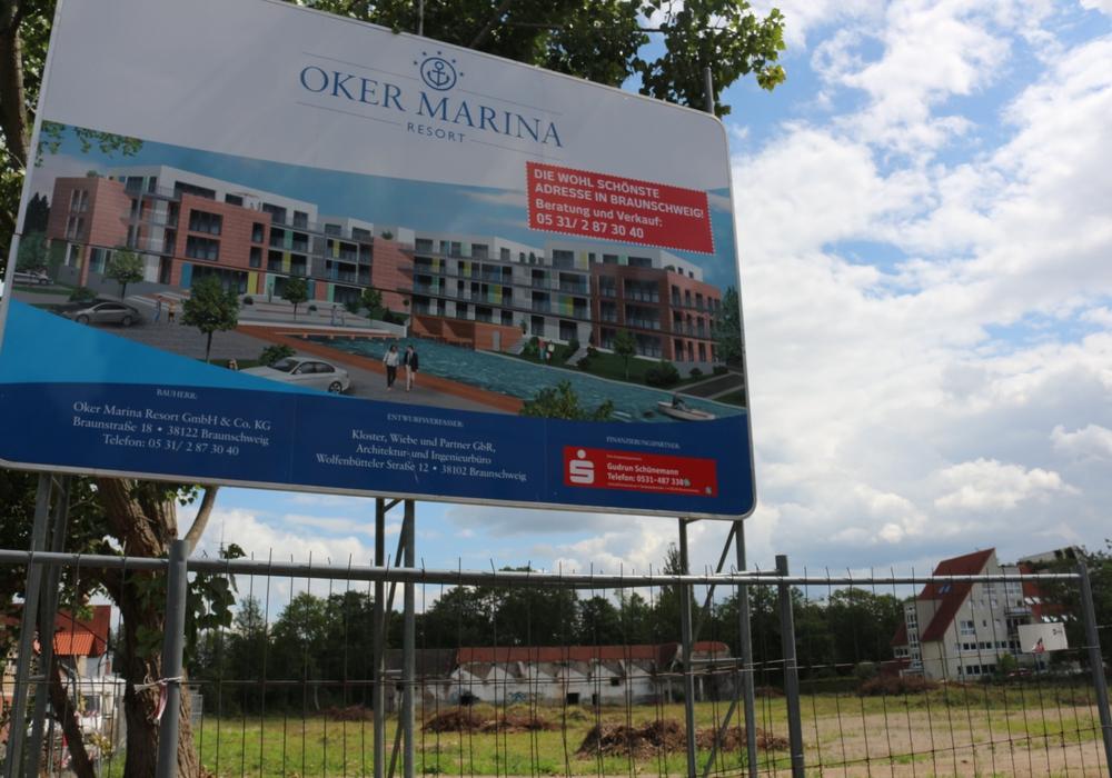 Was wird aus dem Oker Marina Resort? Eine Baugenehmigung liegt weiterhin nicht vor. Foto: Robert Braumann