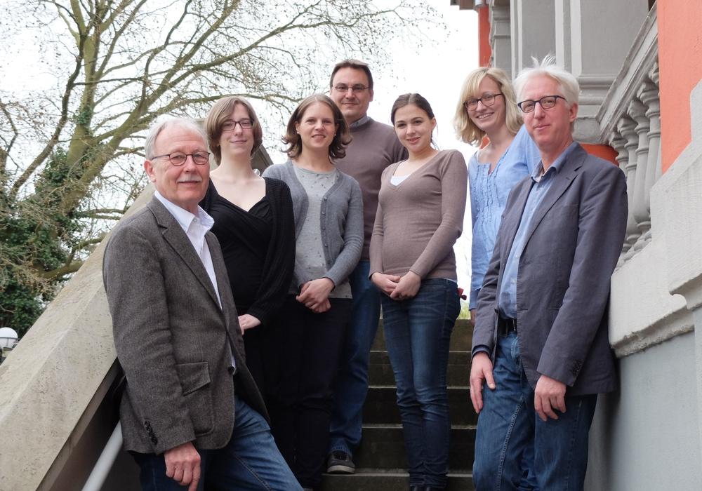 Jörg Meder ist neuer Generalsekretär des AMJ. Auf dem Foto: Dr. Karl Ermert, Frauke Giesa, Laura Hohmann, Jens Kaiser, Madeleine Keskin, Doreen Ehlers undJörg Meder. Foto: AMJ