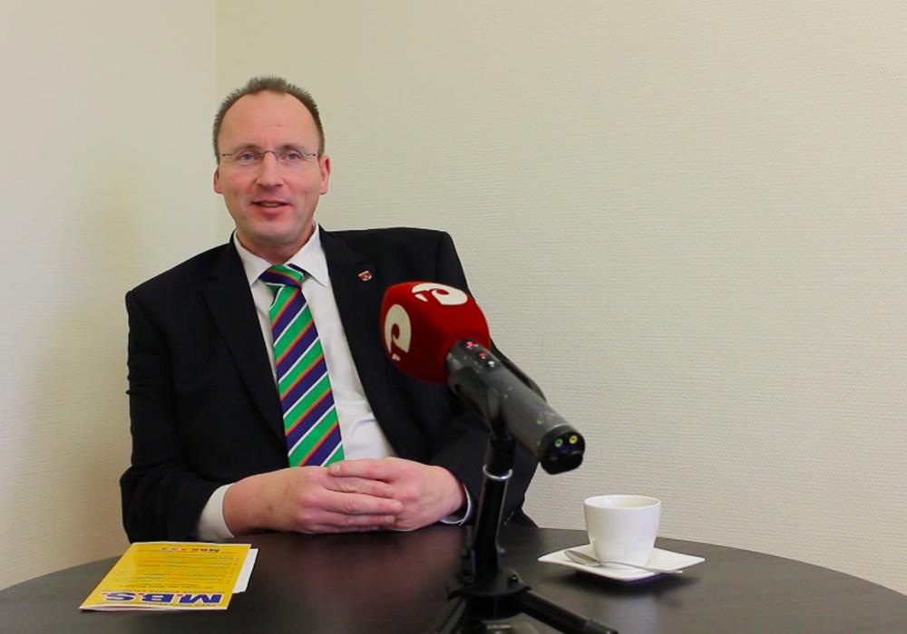 Stefan Roßmann, hier im Gespräch mit regionalSalzgitter.de. Foto: Alexander Panknin