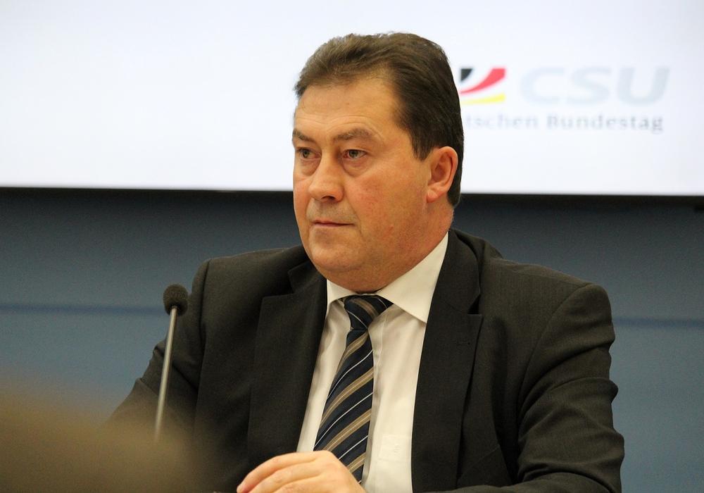 """Der Bundestagsabgeordnete Uwe Lagosky findet die Bauernregeln, die Bundesumweltministerium jüngst veröffentlicht hat """"diffamierend"""". Foto: Bundestagsbüro Uwe Lagosky"""
