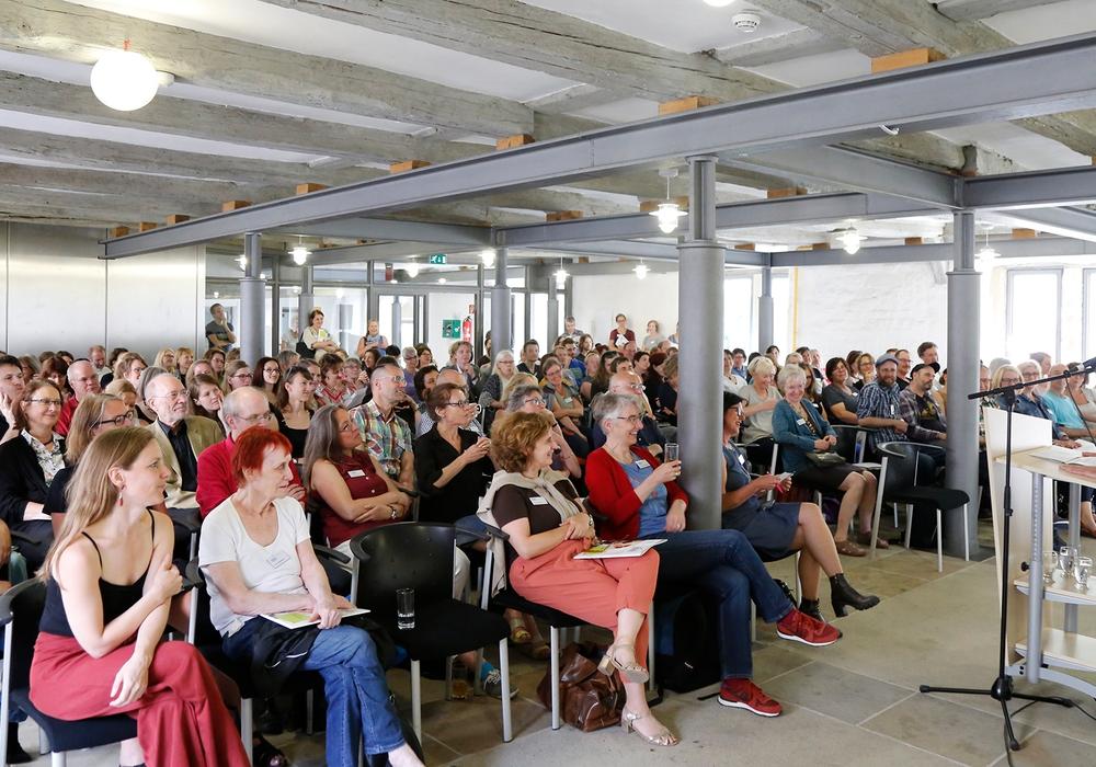 Bürgermeister Thomas Pink eröffnete die 14.Jahrestagung der Literarturübersetzer. Foto: Thorsten Raedlein