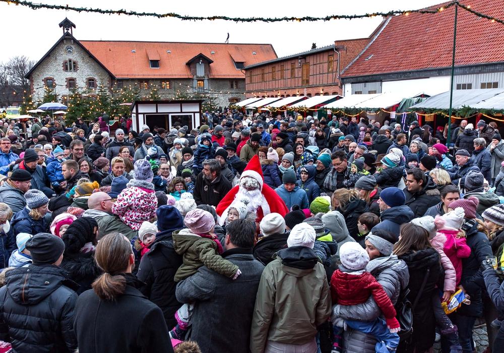 Der Weihnachtstreff am vergangenen Wochenende war gut besucht. Fotos: Rudolf Karliczek