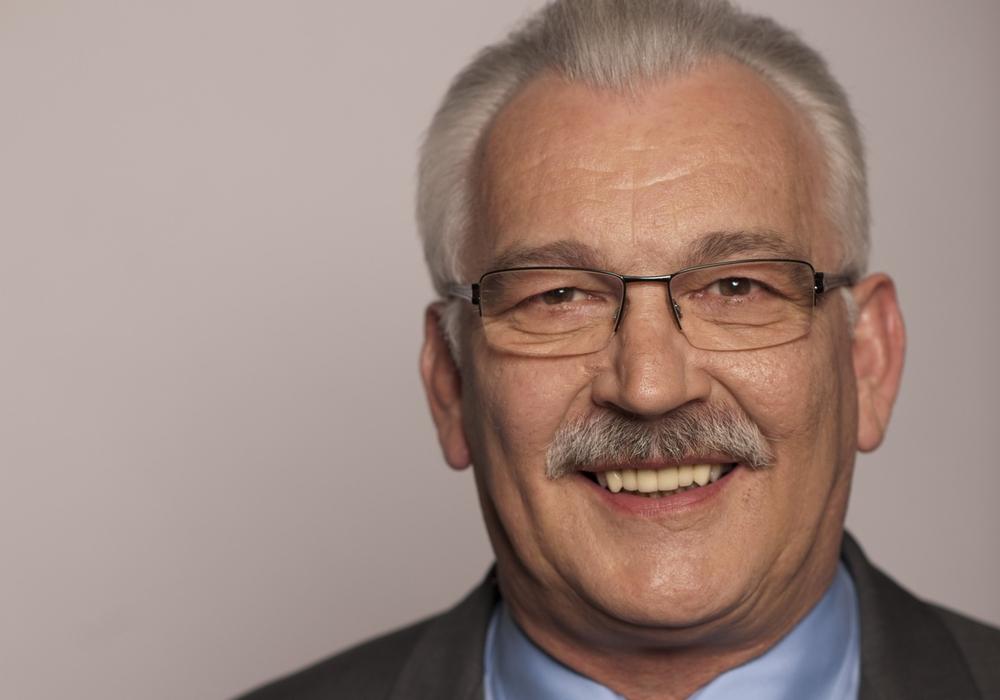 SPD-Bundestagsabgeordneter Wilhelm Priesmeier empfiehlt jungen Menschen, sich für das Parlamentarische Patenschaftsprogramm zu bewerben. Foto: Büro Priesmeier
