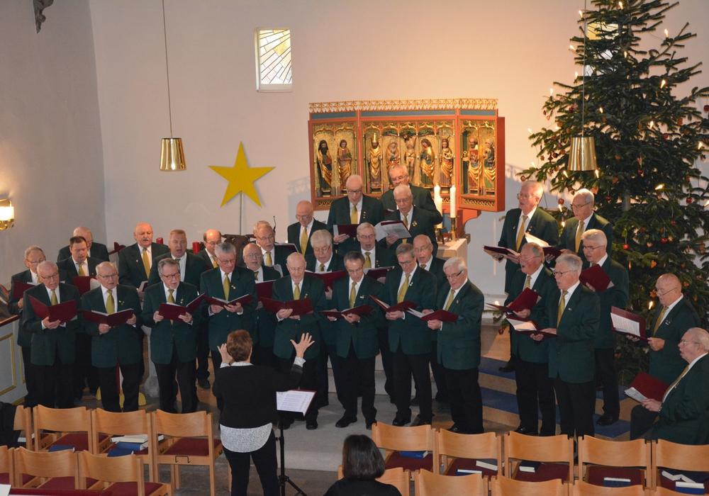 Männergesangverein Vöhrum singt traditionell zum Gottesdienst am ersten Weihnachtsfeiertag. Foto: Evangelisch-Lutherischer Kirchenkreis Peine