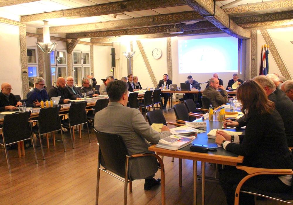 Die Mitglieder des Bauausschusses stimmten in ihrer heutigen Sitzung gegen eine Anhörung. Foto: Nick Wenkel