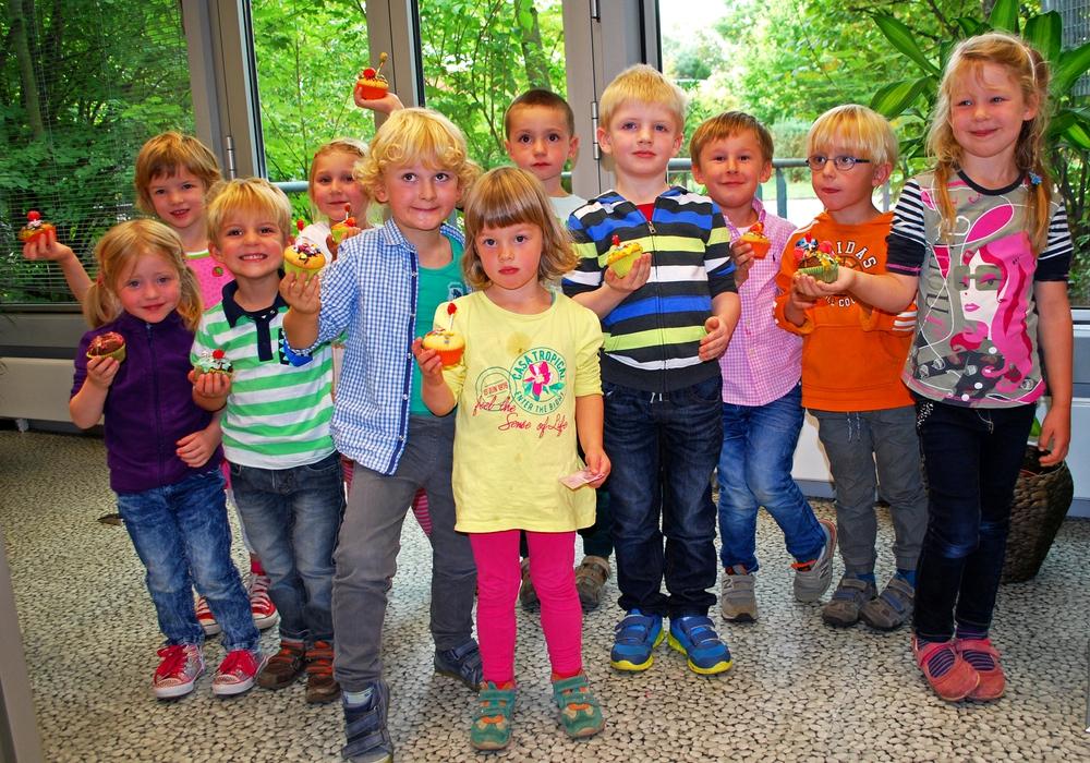 """Beim Projekt """"Lebensweltorientierung"""" durften 17 Kinder der Johanniter-Kita """"Die kleinen Murmeltiere"""" einen Blick hinter die Kulissen einer Werbeagentur werfen. Foto: Lena Kopetz / Johanniter"""