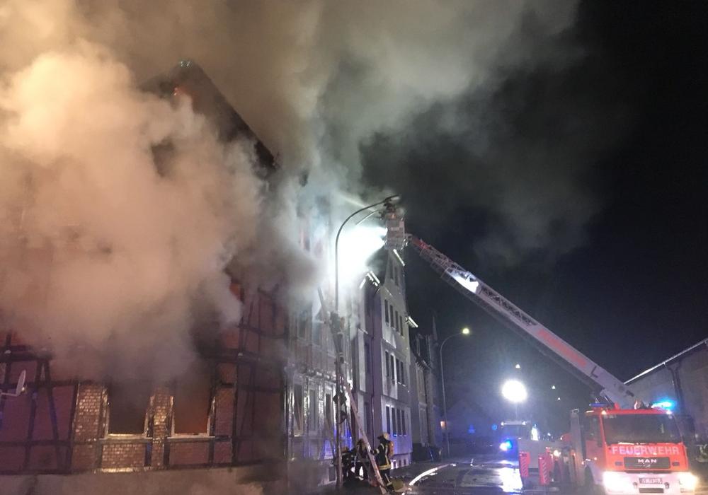 Nach dem verheerenden Feuer in der Zickerickstraße konnten bereits zwei Familien vermittelt werden. Foto: Aktuell24