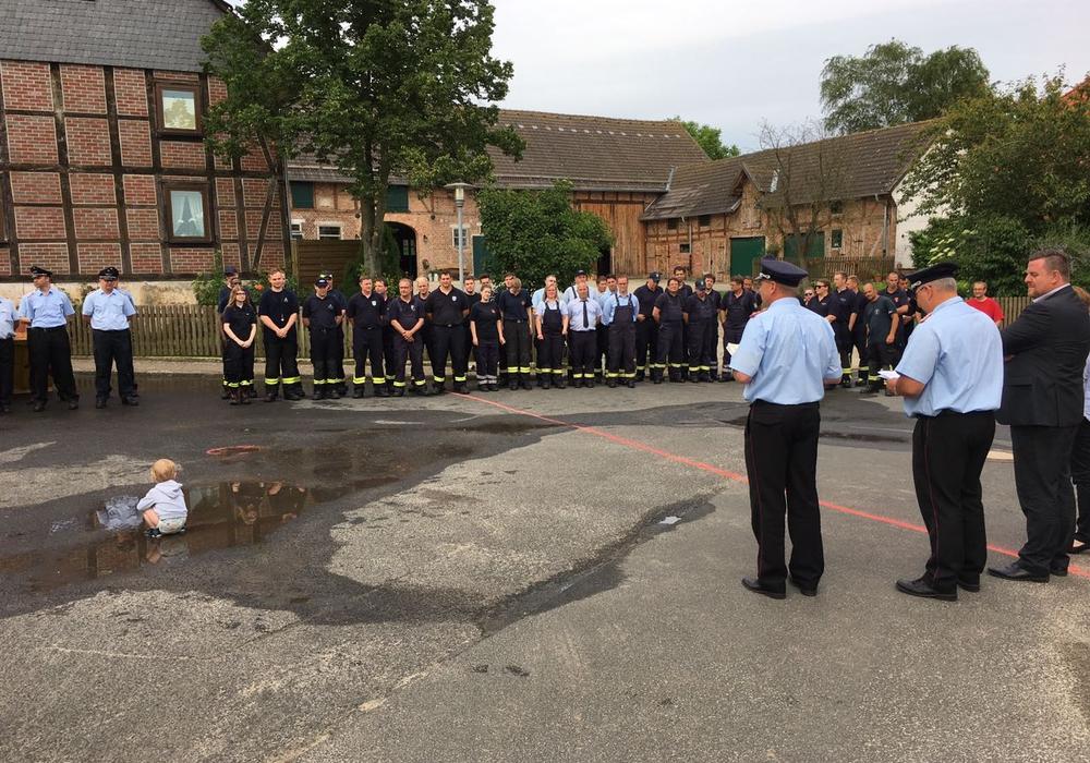 Zahlreiche Feuerwehrkameraden traten am Samstag zum Gemeindewettbewerb an. Foto: Bennet Rebel