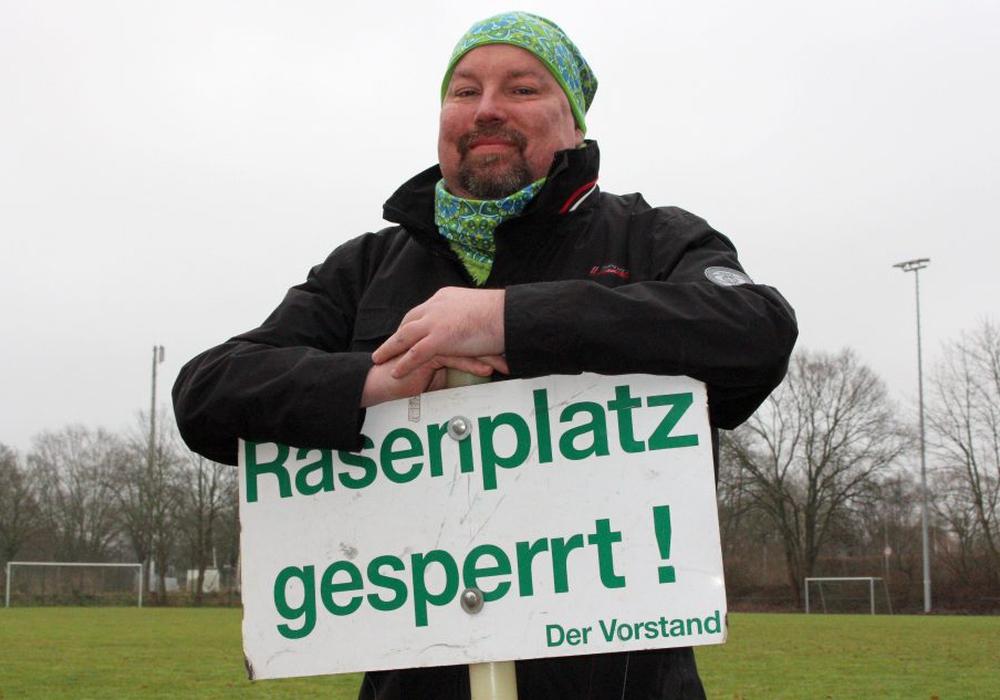 Hut ab vor diesem Mann! Ingo Mühlberg lebt sein Leben mit dem Krebs in Humor und Gelassenheit. Einen großen Wunsch hegt er aber noch Foto: Frank Vollmer