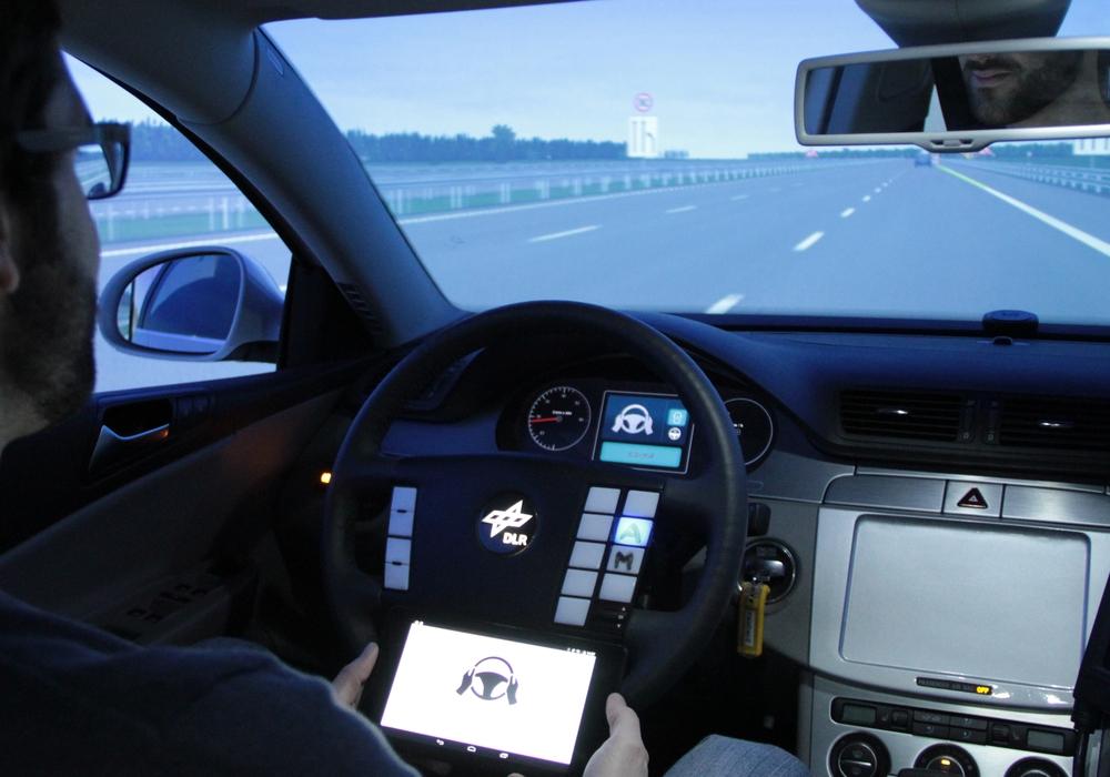 Das hochautomatisierte Fahren soll in wenigen Jahren Realität werden, Foto: DLR