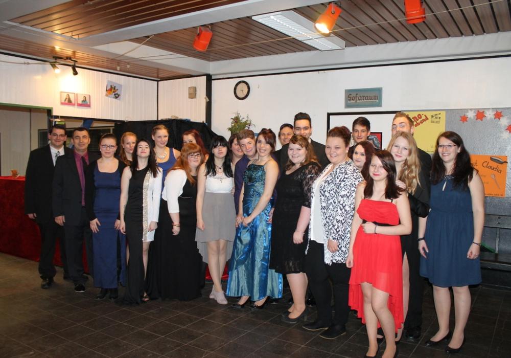 Das Jugendfreizeitzentrum bedankt sich mit einer Feier bei den Jugendlichen Helfern. Foto: Privat
