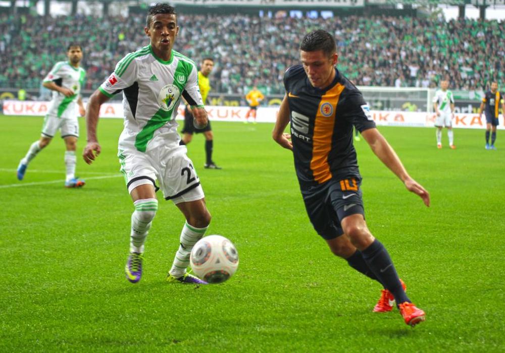 Einmalige Konstellation: Mit hoher Wahrscheinlichkeit kommt es zur Relegation zwischen Eintracht Braunschweig und dem VfL Wolfsburg. Foto: Frank Vollmer