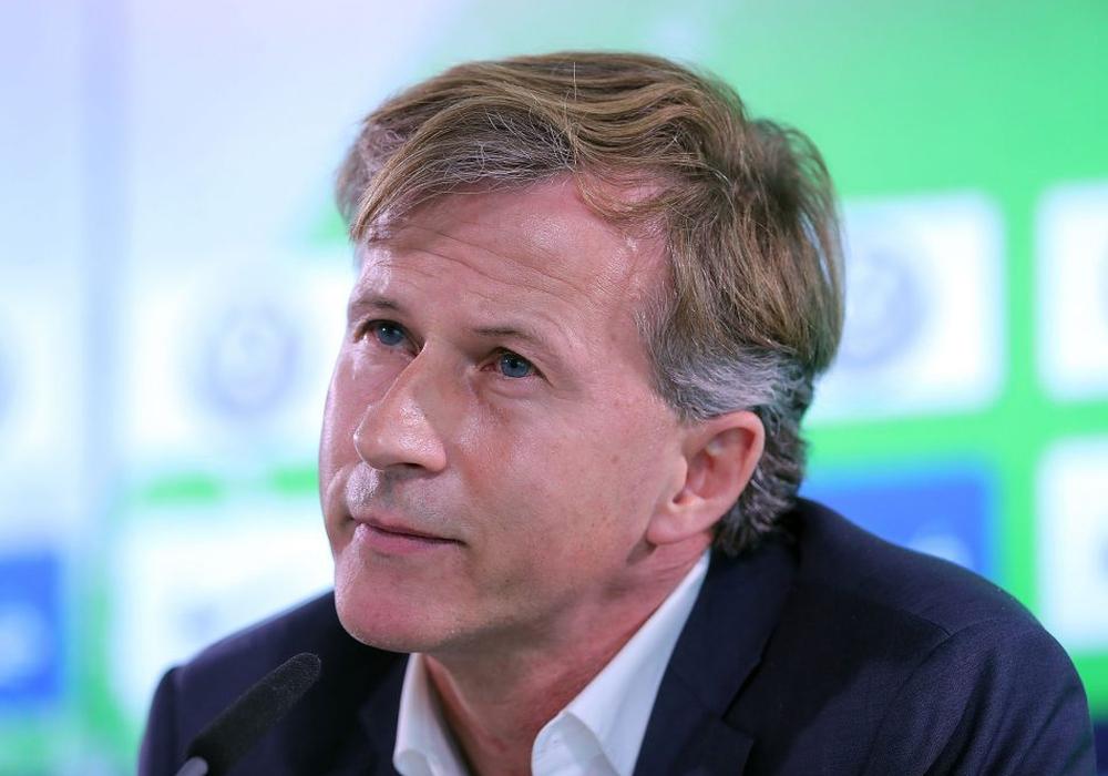 Andries Jonker kündigt weitere Verstärkungen an. Foto: Agentur Hübner