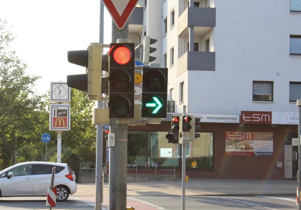Die Umschaltzeit des Grünen Leuchtpfeils am Grünen Platz wird nicht verlängert. Foto: Max Förster
