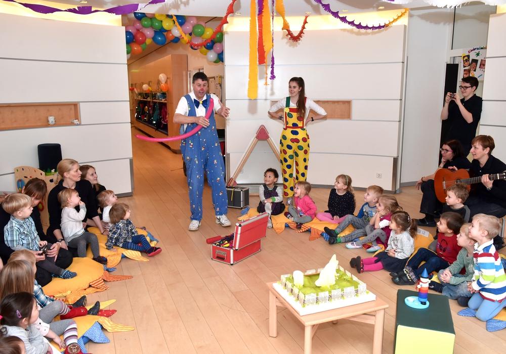 Auch die Kinder freuten sich über das Jubiläum. Foto: Lars Landmann