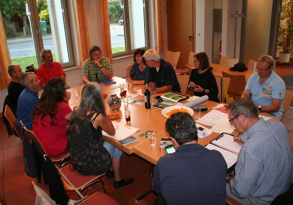 Die Grünen beraten über das Sommerfest. Foto: Privat