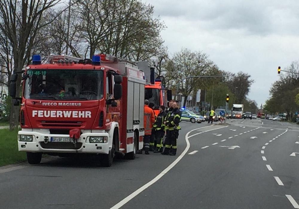 In der Oskar-Kämmer-Schule ging eine Bombendrohung ein. Fotos/Redakteurin vor Ort: Sandra Zecchino