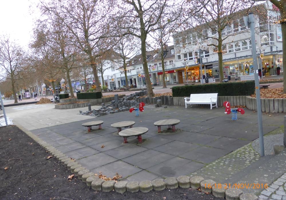 Die Spielfläche am Alvar Aalto-Kulturhaus wird erneuert. Foto: Stadt Wolfsburg