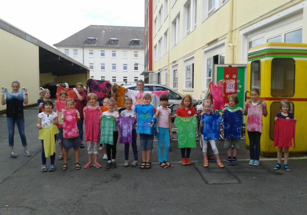 14 Jungen und Mädchen erlebten eine besonders spannende Ferienwoche im AHA-ERLEBNISmuseum. Foto: