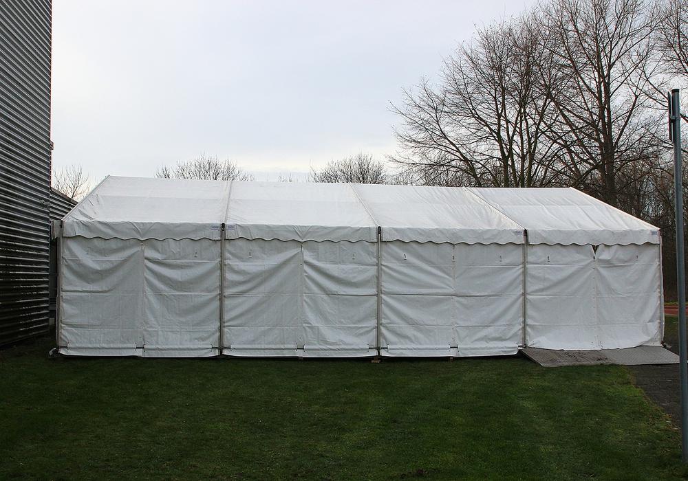 Die Fastnachtgesellschaft Abbenrode am Elm lädt zum Oktoberfest nach Abbenrode. Noch ist das Zelt leer. Symbolbild Foto: Archiv