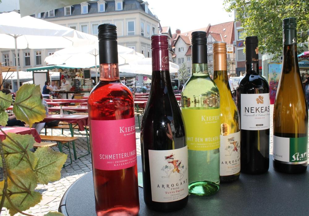 Ein Highlight am Wochenende: Der Weinmarkt auf dem Kohlmarkt. Symbolfoto: Archiv