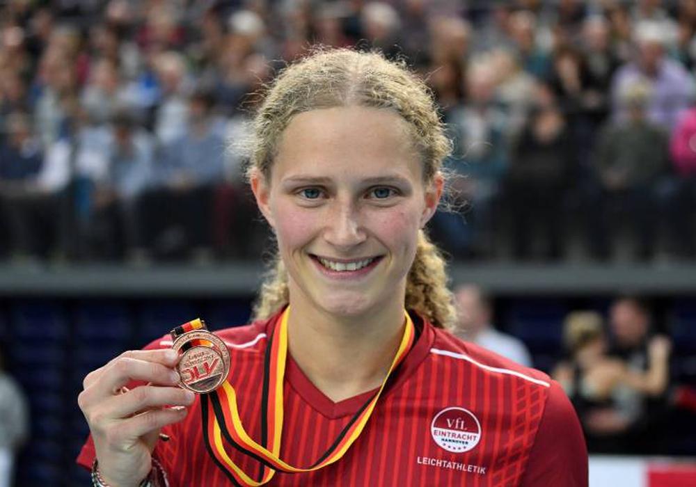 Bronze bei den 64. Deutschen Leichtathletik-Hallenmeisterschaften in Leipzig über die 400 Meter bei den Frauen: Laura Gläsner. Foto: imago/Chai v.d. Laage