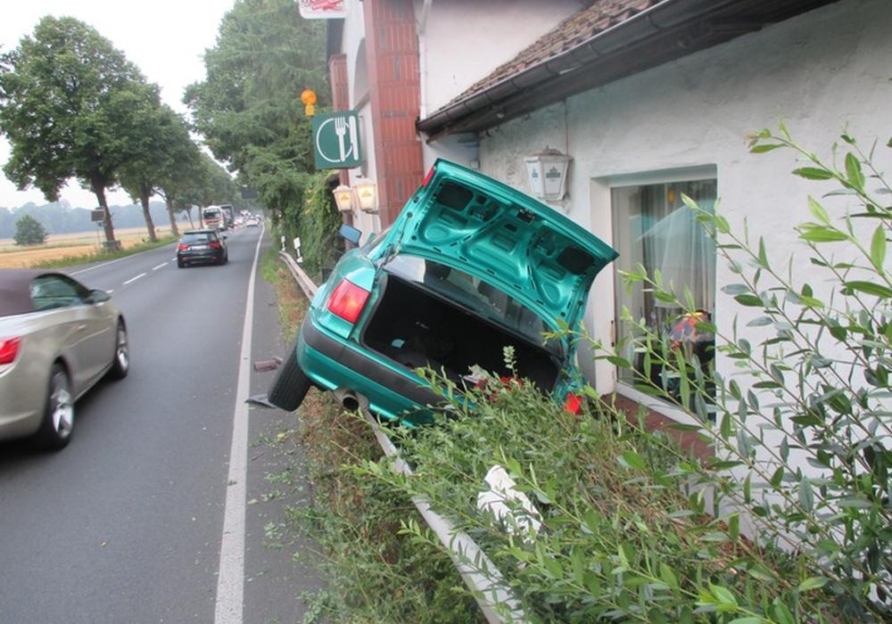 Verkehrsunfall bei Meine. Foto: Polizeiinspektion Gifhorn