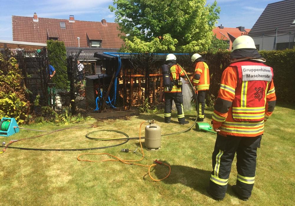 Die Feuerwehr beim Einsatz in der Südstadt. Foto: Feuerwehr Braunschweig