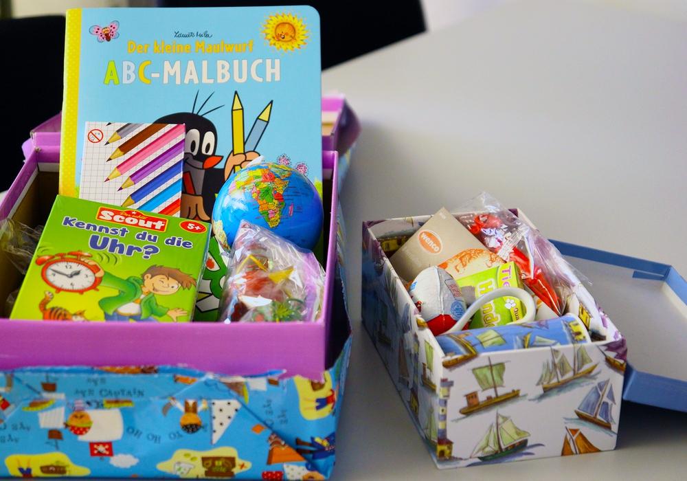 So könnten die Päckchen zum Beispiel aussehen. Fotos: Stadt Wolfenbüttel