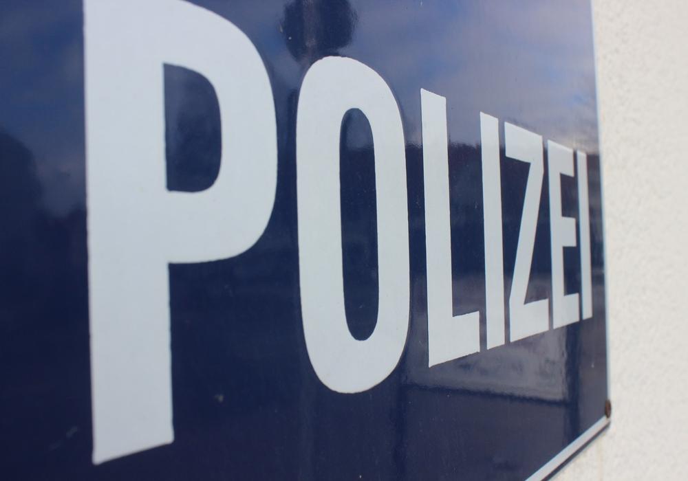 Polizei berichtet über Verkehrsunfall. Symbolfoto: Anke Donner