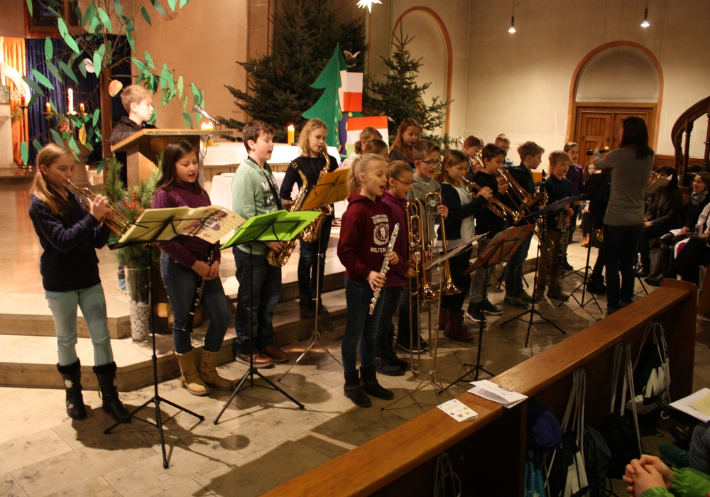 Das Theodor-Heuss-Gymnasium veranstaltete wieder einen Weihnachtsgottesdienst. Fotos: Privat