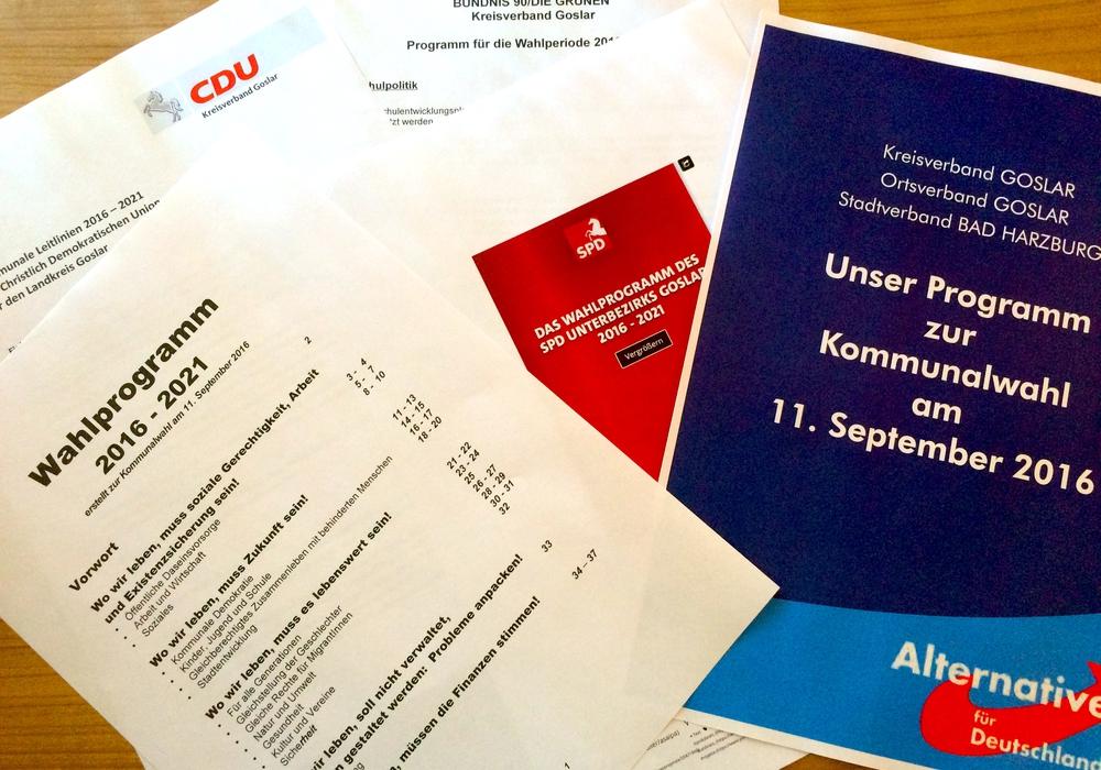 Auszüge der Wahlprogramme der Goslarer Parteien. Symbolfoto: Marc Angerstein