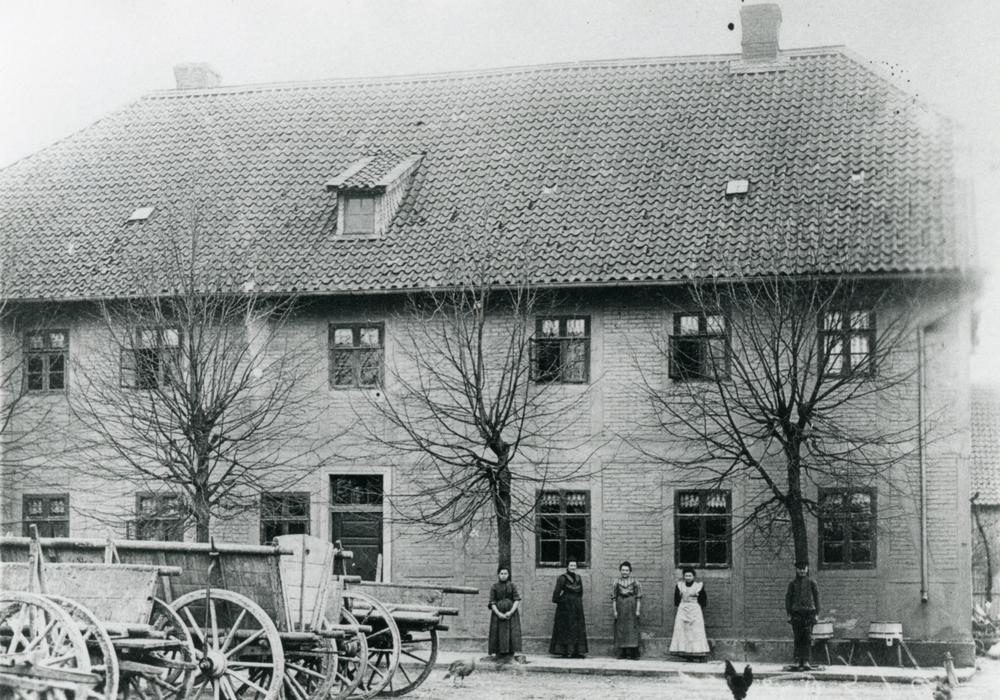 Der ehemalige Posthof zu Beginn des 20. Jahrhunderts. Foto: Stadtarchiv