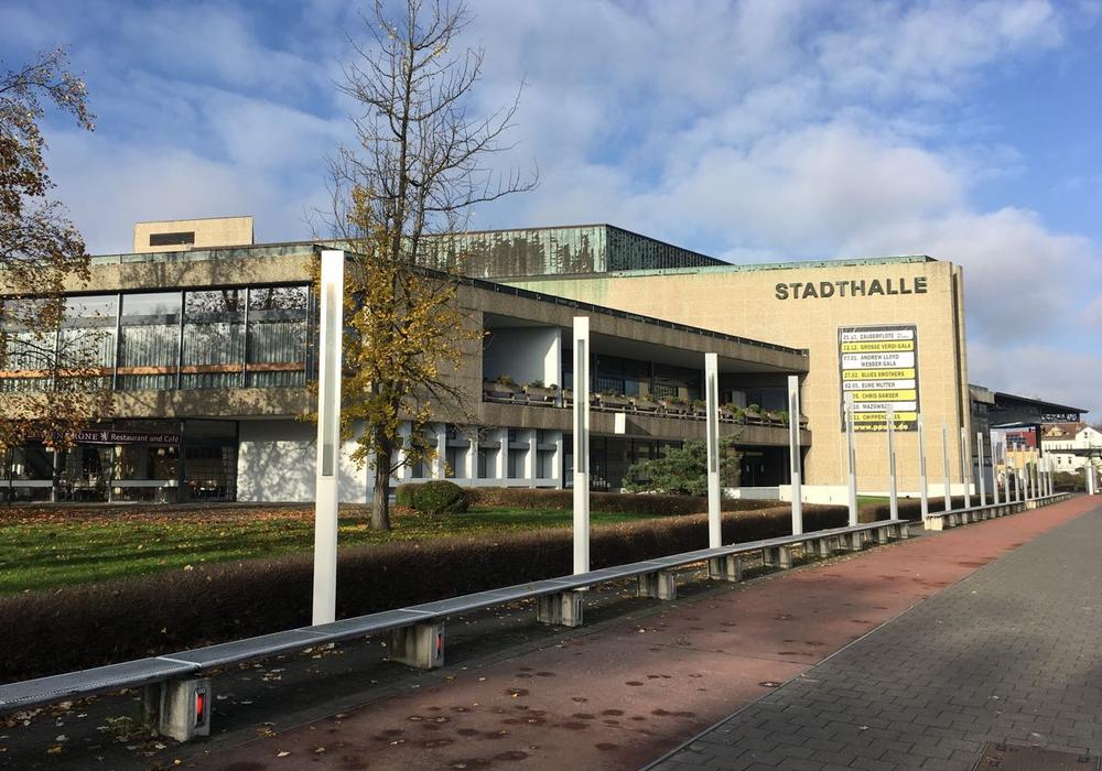 Die Linksfraktion sagt ja zur Sanierung der Stadthalle, aber ohne die Verschuldung bei einem privaten Sanierer. Foto: Alexander Dontscheff
