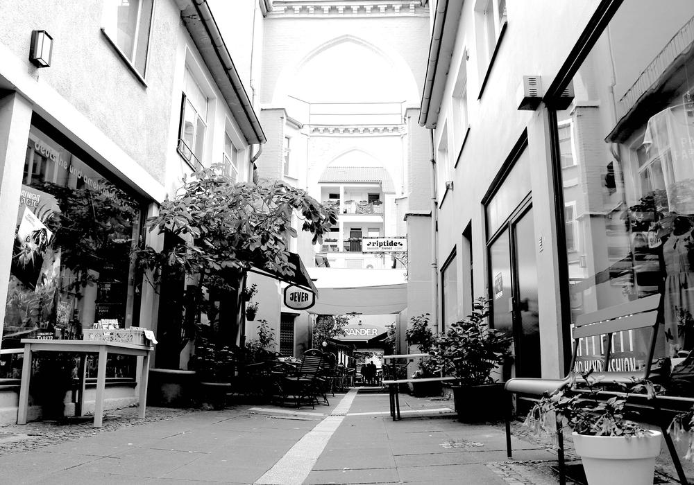 Der Ort des Geschehens: Der Braunschweiger Handelsweg. Hier soll es zu einer gewalttätigen Auseinandersetzung gekommen sein. Foto: Archiv