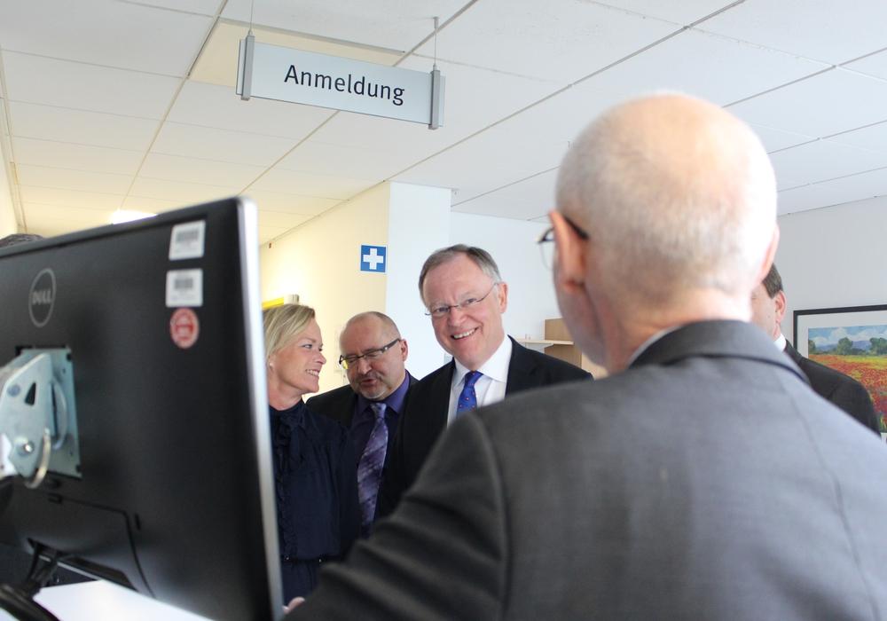 Vor kurzem war Ministerpräsident Weil zu Besuch im Städtischen Klinikum. Foto: Nick Wenkel