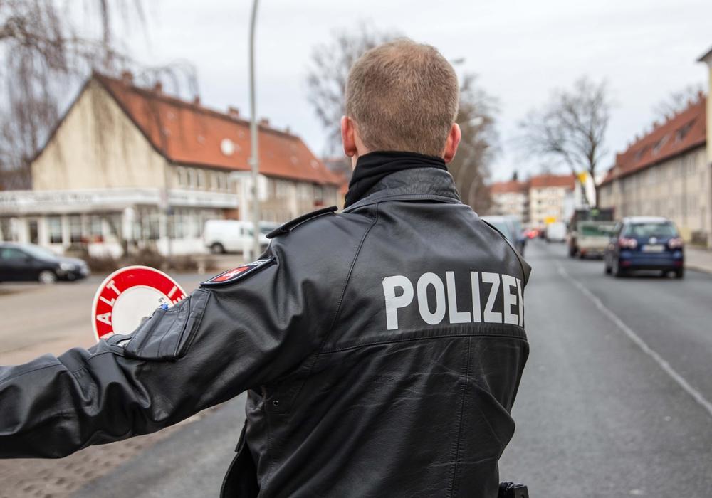 Bei einer Polizeikontrolle stellte die Polizei mehrere Delikte bei einem Betrunkenen fest. Symbolfoto: Rudolf Karliczek