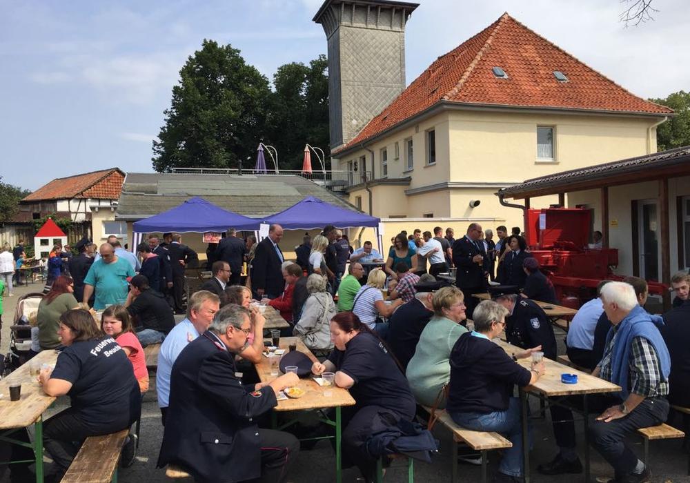 In Hornburg wurde das 40-jährige Jubiläum der Jugendfeuerwehr mit einem Tag der offenen Tür gefeiert. Fotos: Anke Donner