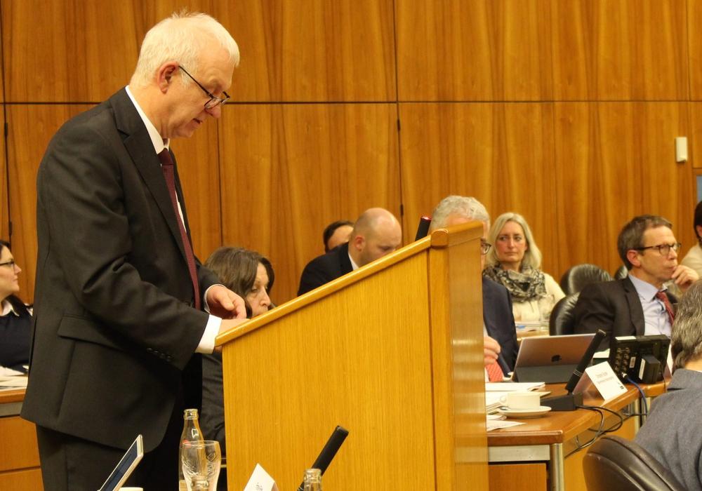Stadtkämmerer Werner Borcherding erläuterte die Haushaltsplanungen. Foto: Eva Sorembik