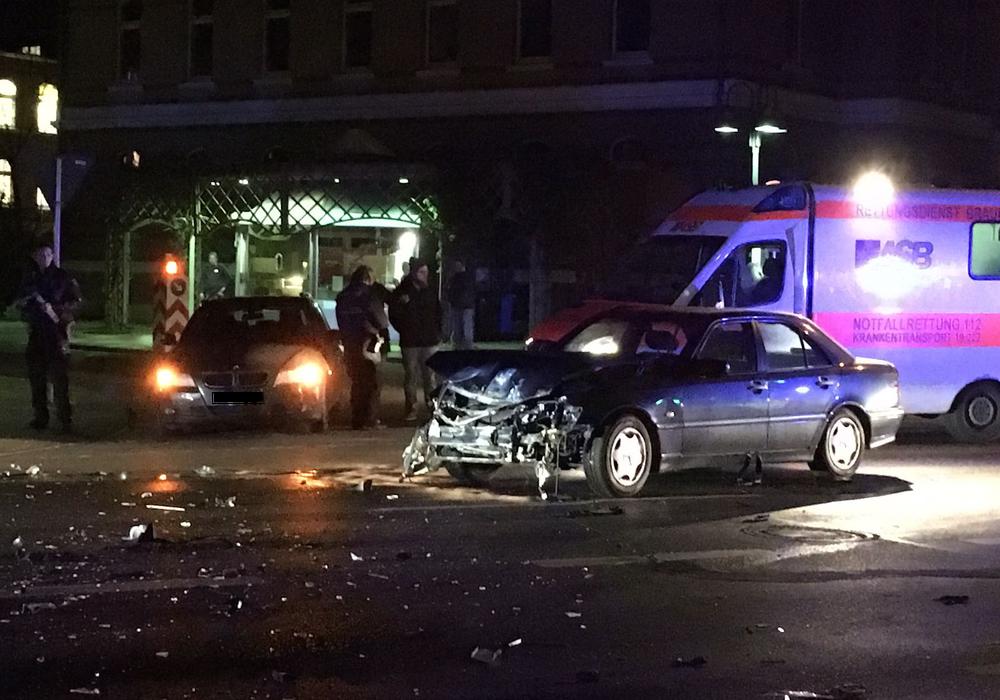 In Braunschweig passierten im Jahr 2016 weniger Unfälle als im Vorjahr. Symbolfotos: aktuell24 (BM)