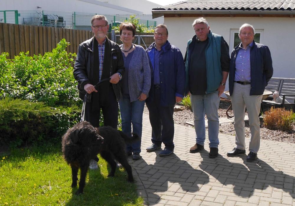 Die CDU zu Gast im Tierheim. Foto: privat