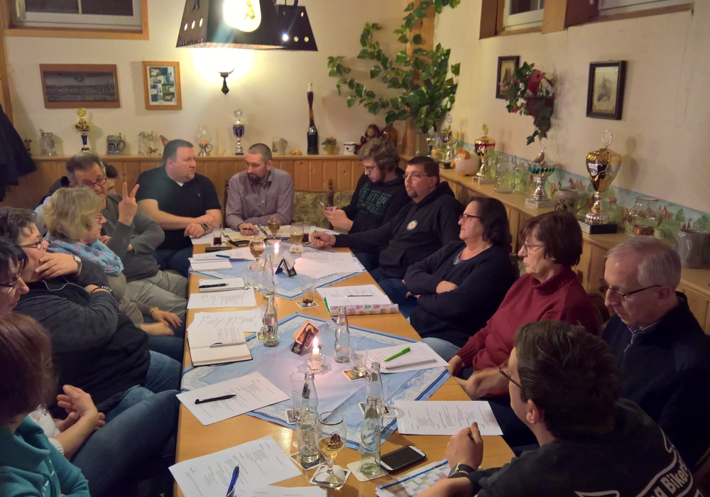 Bei der Sitzung am 31. Januar wurde in der Bauernstube bei Renneberg, die Planung für das Fest besprochen. Foto: Privat