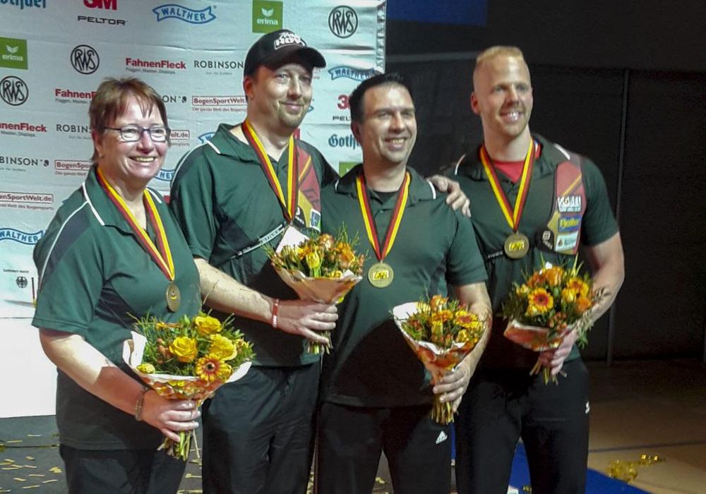 Platz 3 für Braunschweigs Bogenschützen Foto: Kastella Stand