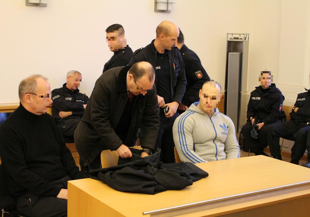 Der 25-Jährige beim Prozessauftakt im Dezember 2016. Nun muss er erneut auf die Anklagebank. Foto: Archiv/Alexander Dontscheff